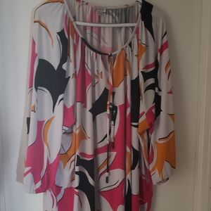 Like New 3/4 Sleeve Blouse from Avenue